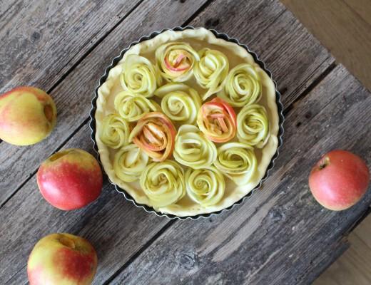 tarte aux pommes fleurs roses