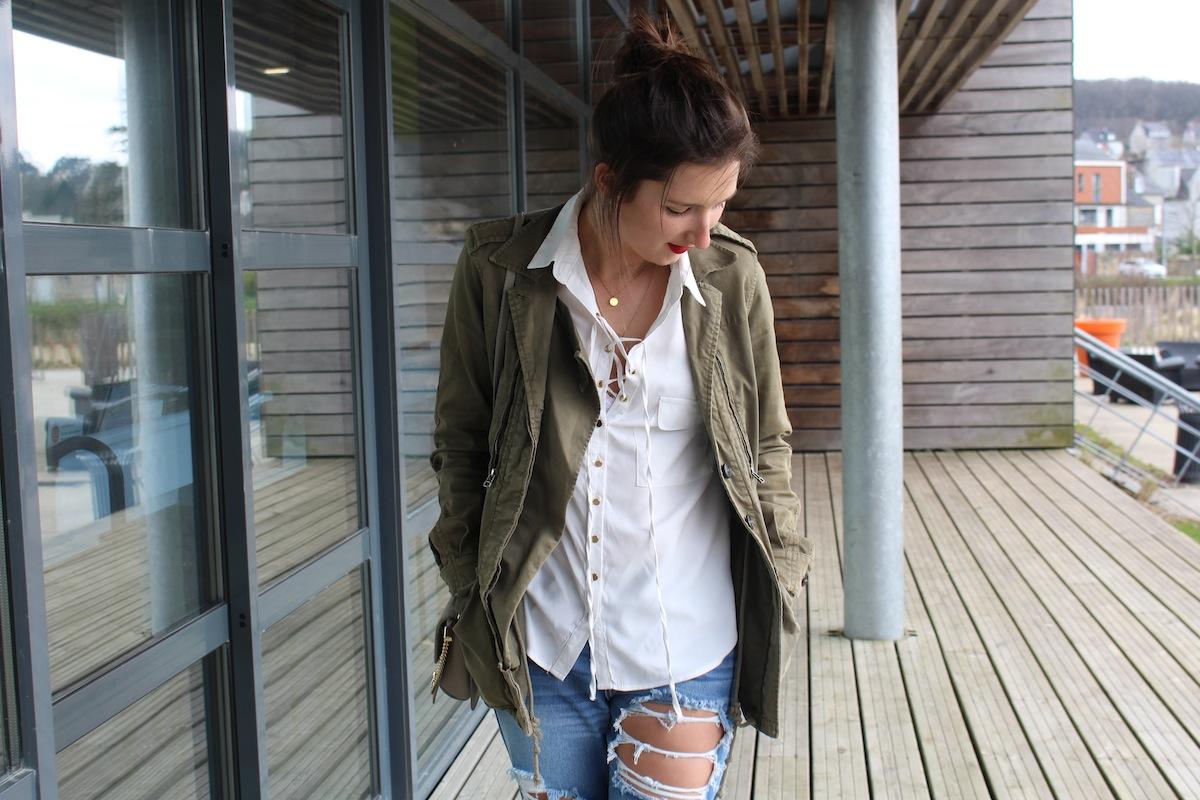 blouse-lacee-linstantflo
