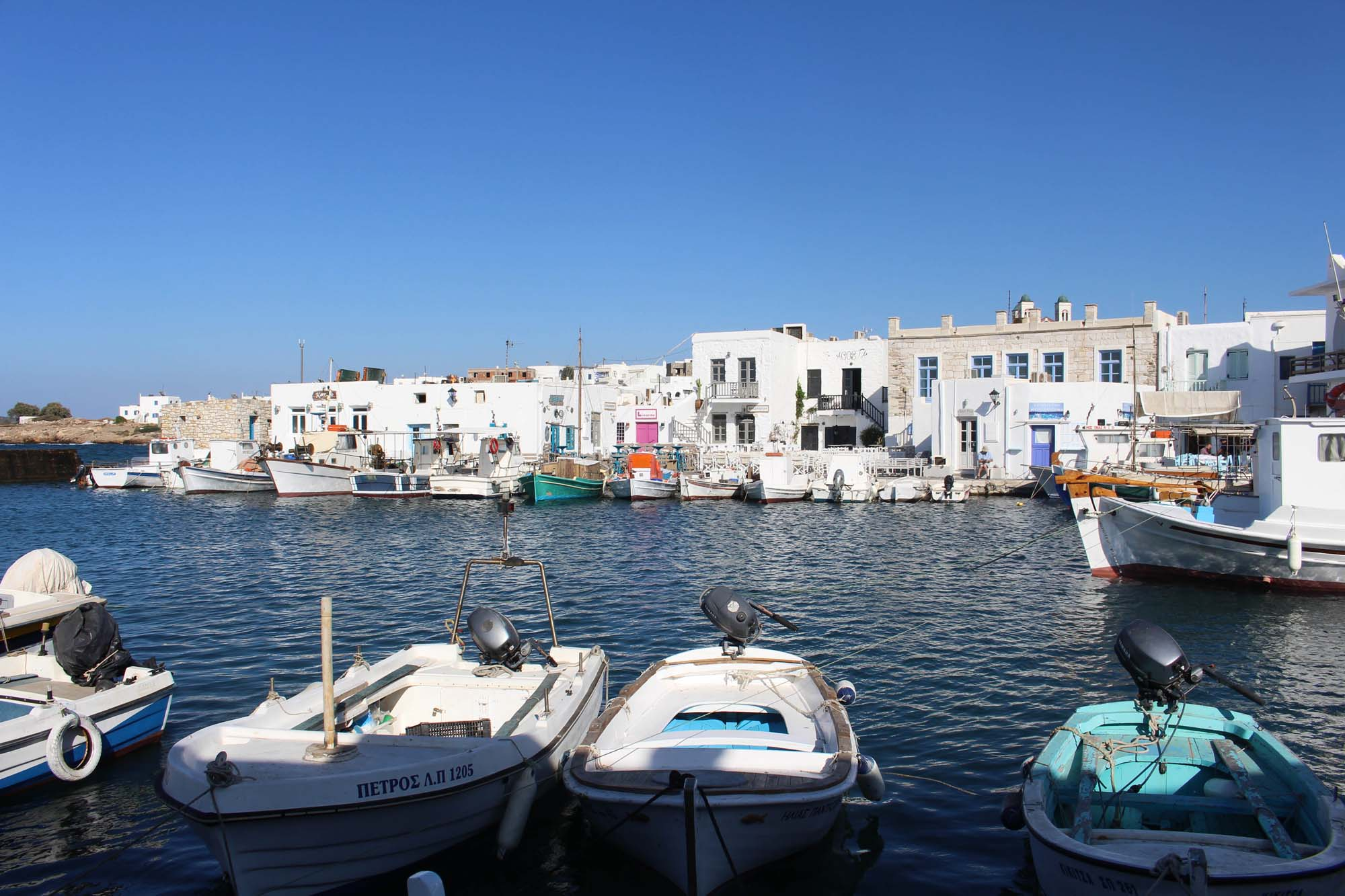 greece-paros-travel-linstantflo-27-sur-35