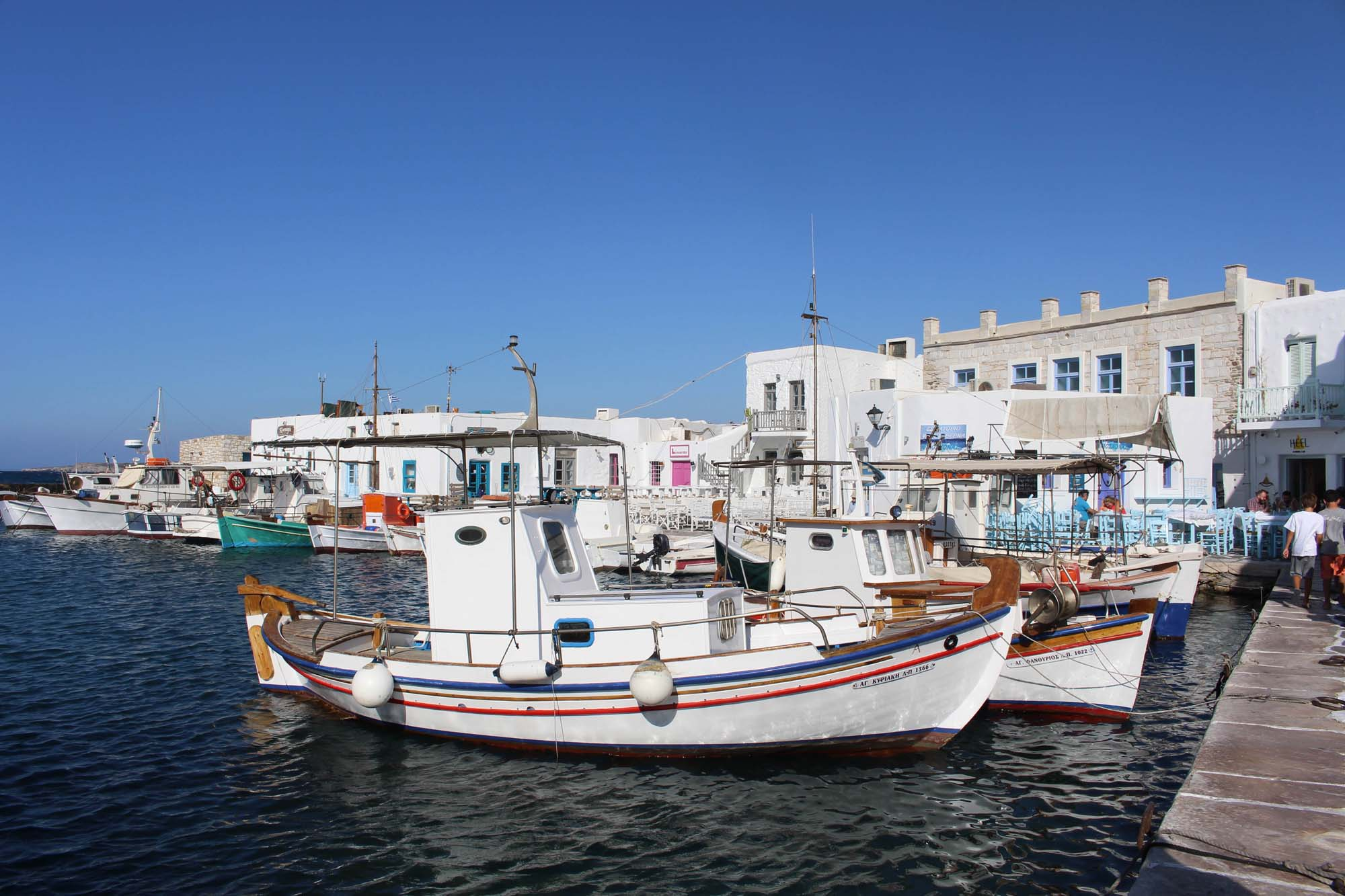 greece-paros-travel-linstantflo-28-sur-35