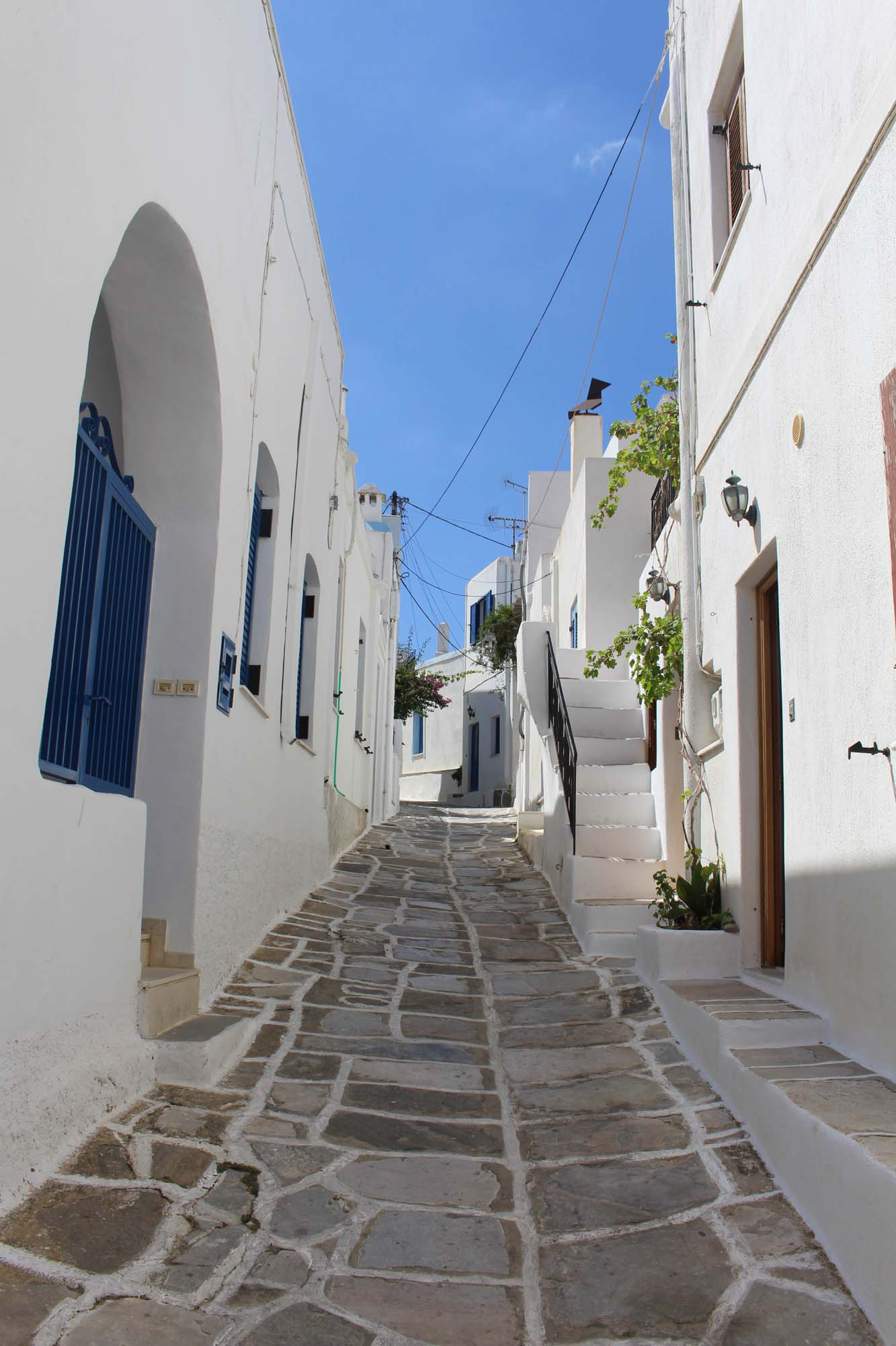 greece-paros-travel-linstantflo-3-sur-35