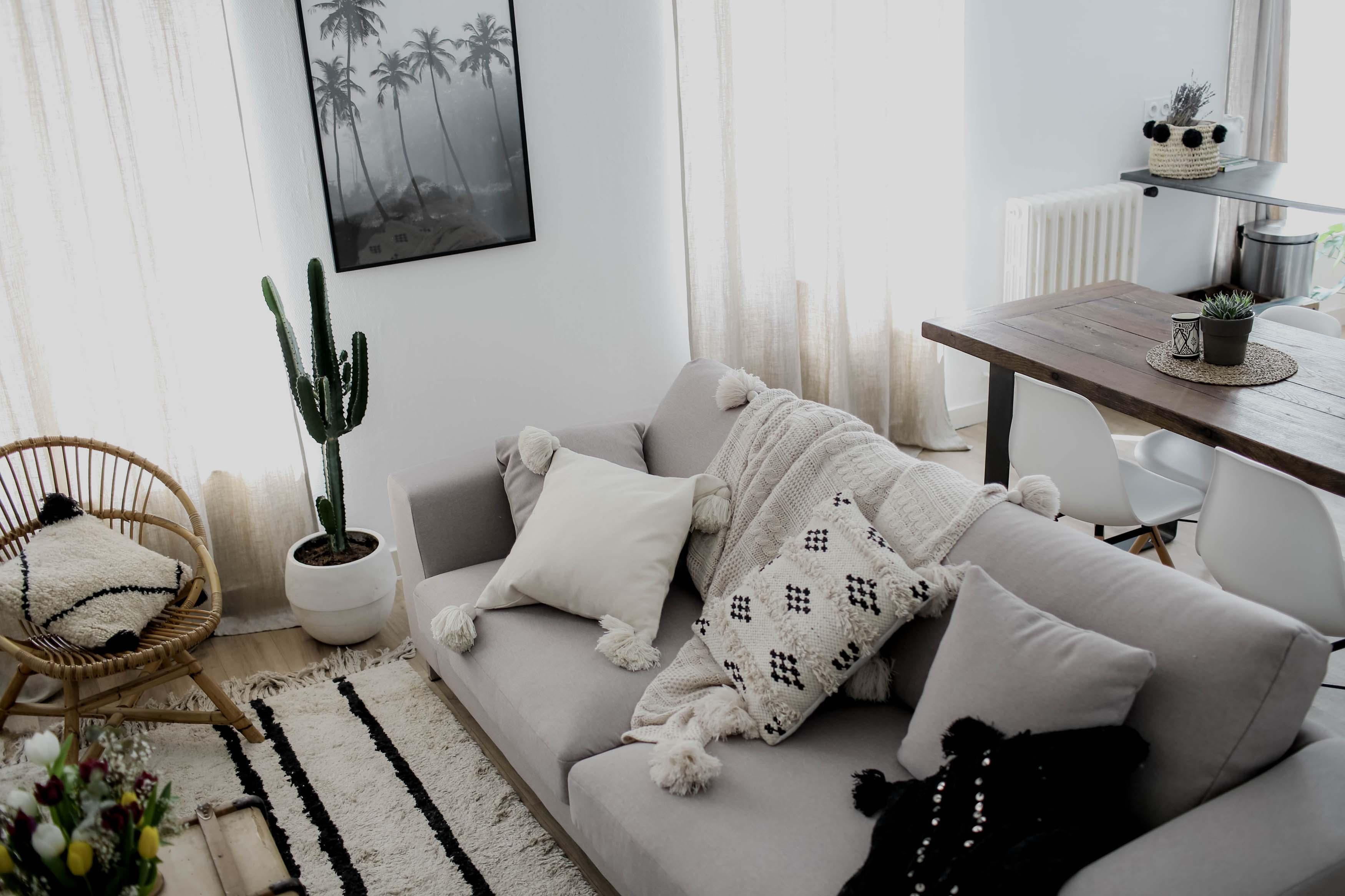 Cadre Au Dessus Du Canapé room tour : mon salon l'instant flo